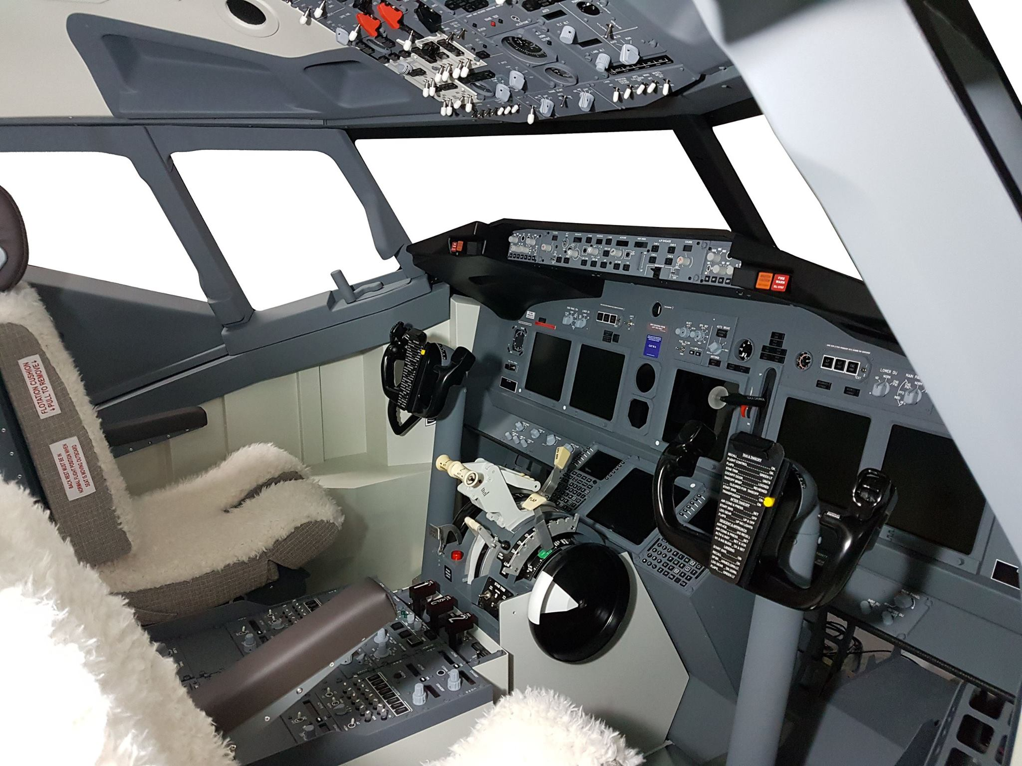 Cockpit Shell Boeing 737 SPECIAL LAUNCH OFFER