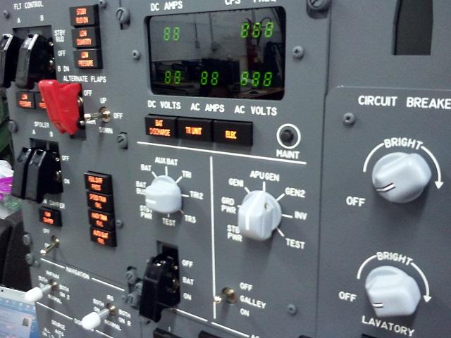 Kit Overhead 737